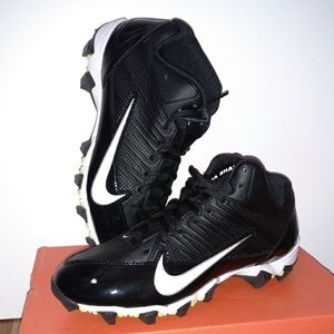 New Nike Alpha Shark 3/4 football clears
